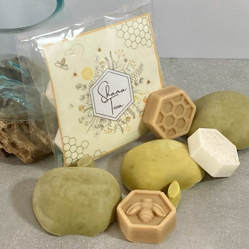 Rosh Hashanah Apple & Honey Collection: green apple soaps and honeycomb shaped soaps with a Shana Tovah Card and non-plastic wrapping for a zero-waste gift